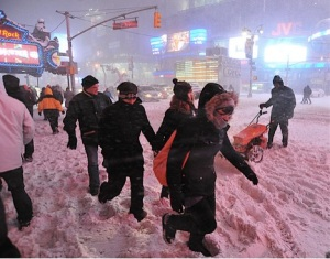 times square blizzard by Asterio Tecson cc